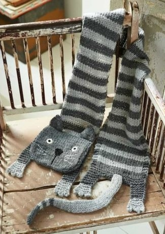Knitted Animal Scarves, Mitts and Socks - Fiona Goble 4